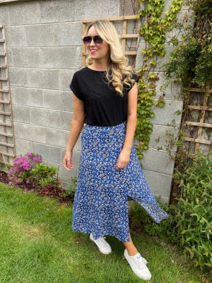 Freequent FqAgnes-Sk blue Mix long summer skirt with button front and half elastic waist holiday skirts