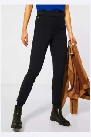 Street One Dressy Skinny Black Pants Ankle Grazer